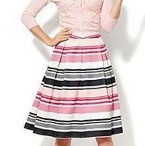 New York and co. Pinup skirt